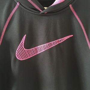 Nike thermally fit hoodie